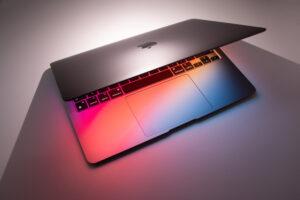 MacBookには「保護フィルム」も「キーボードカバー」もいらない3つの理由